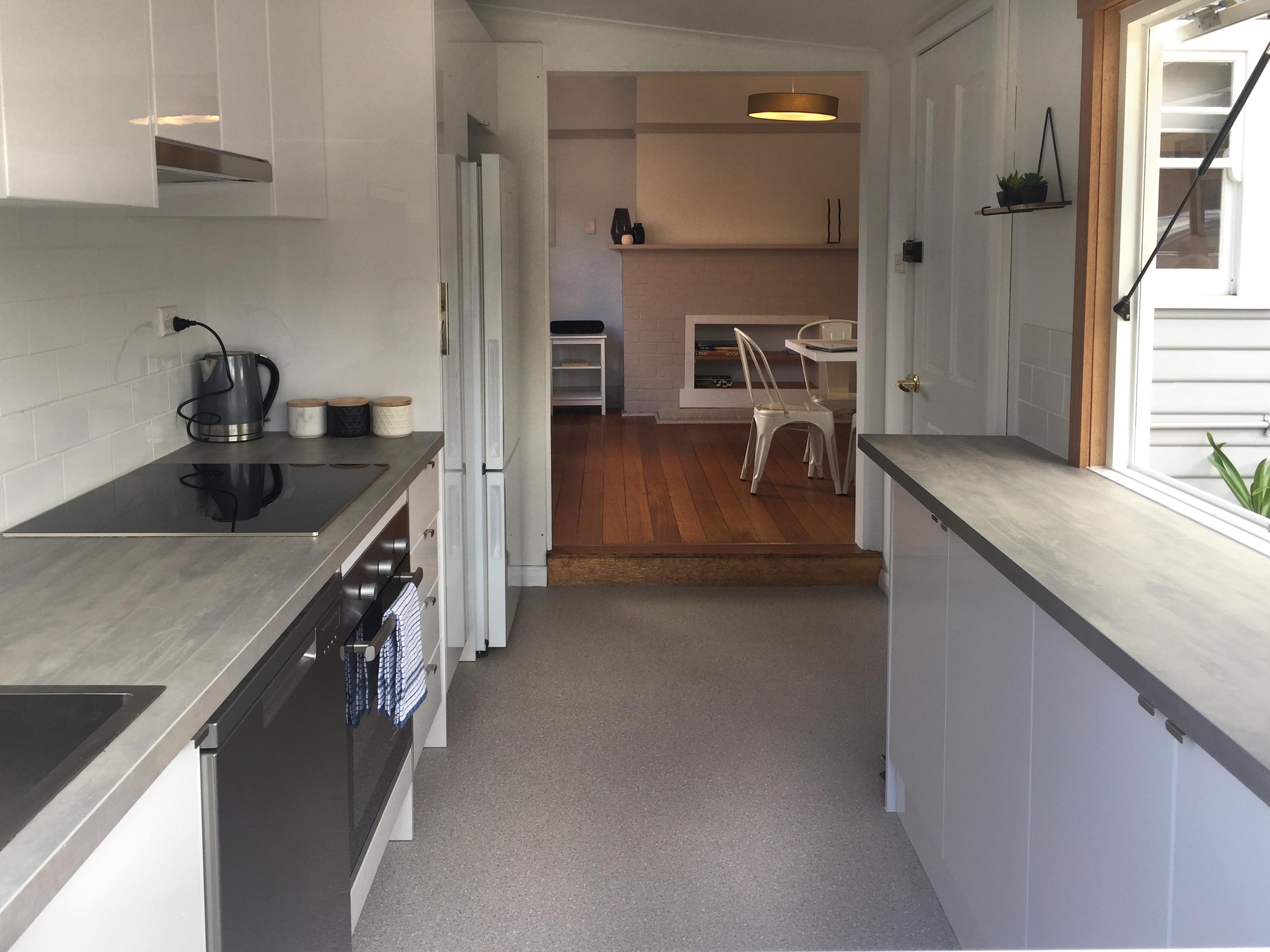 Hobart Accommodation, self contained accommodation, Kangaroo Bay Apartments, cheap hobart accommodation, hobart hotel, family hotels,