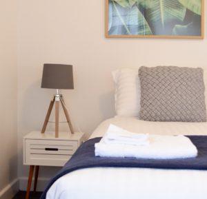 Kangaroo Bay Lodge, Bellerive, Self Contained Accommodation Hobart